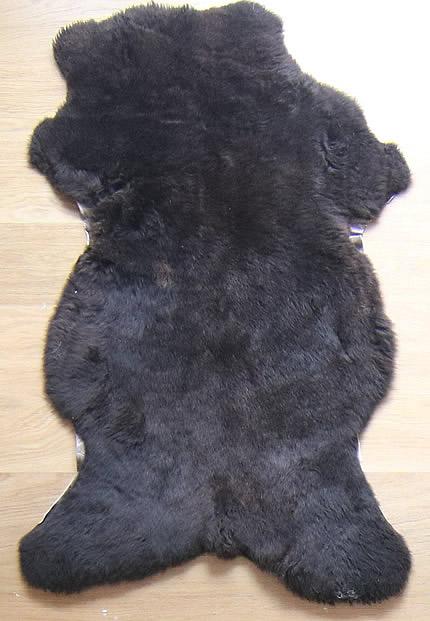 <b>Lijkt zwart bont</b>