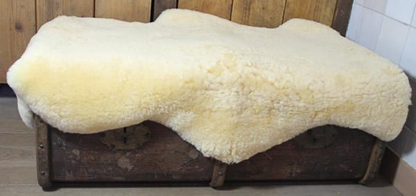Medicinale schapenvacht - zachtgeel